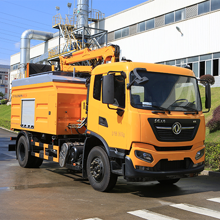 Introduction to the features of Fulongma waste crushing truck