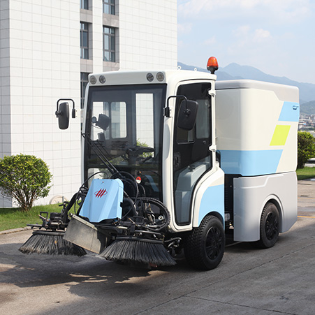 Features and video of FULONGMA small electric road sweeper