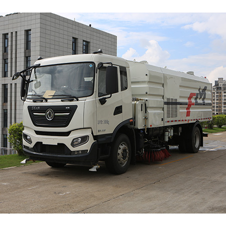 Function configuration and advantages of FULONGMA highway washing and sweeping vehicle