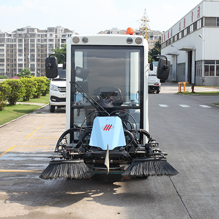Sanitation operations open the era of unmanned driving